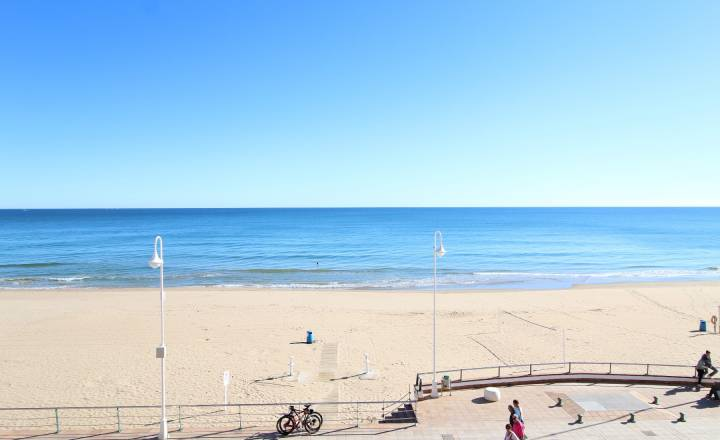 Appartement - Location - Guardamar - 1º línea playa /PLAYA